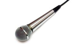 Microfoon die op wit wordt geïsoleerdd. royalty-vrije stock afbeeldingen