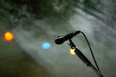 Microfoon op het stadium Royalty-vrije Stock Afbeeldingen