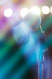 Microfoon op stadium Stock Afbeelding