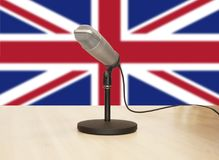 Microfoon voor een Engelse vlag royalty-vrije stock foto's