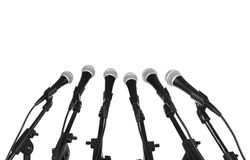 Microfoons in rij Royalty-vrije Stock Foto's