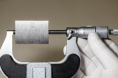 Micrometer with gage block Royalty Free Stock Photos