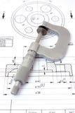 Micrometer op technische tekening. Verticaal royalty-vrije stock foto