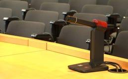 Microphone dans la conférence Photos stock