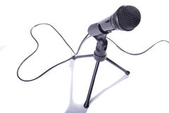 Microphone et coeur photo stock