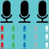 Microphone simple avec la lumière du soleil Photos libres de droits