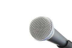 Microphone vocal sur une armoire photos libres de droits