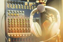 Microphones et appareil d'enregistrement photos libres de droits