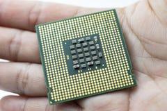 Microplaqueta de processador realística da opinião da parte traseira do processador central imagem de stock
