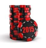 A microplaqueta do casino empilha 2015 (o trajeto de grampeamento incluído) Fotografia de Stock Royalty Free