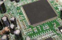 Microplaqueta do processador central no cartão-matriz foto de stock royalty free