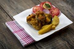 Microplaqueta fritada friável dos peixes e de batata Fotografia de Stock Royalty Free