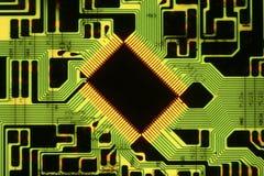 Microplaqueta na placa de circuito Foto de Stock