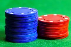 Microplaquetas 3 azuis e do vermelho imagens de stock royalty free