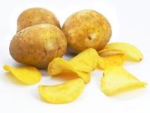 Microplaquetas com fast food dos vegetais da batata imagem de stock