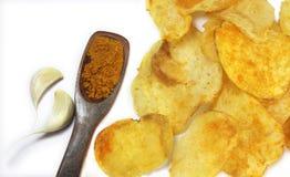 Microplaquetas de batata picantes Fotografia de Stock Royalty Free