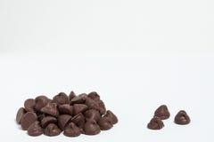 Microplaquetas de chocolate imagens de stock royalty free