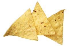 Microplaquetas de tortilha do milho isoladas no fundo branco Fotografia de Stock