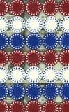 Microplaquetas do póquer no dinheiro Fotos de Stock Royalty Free
