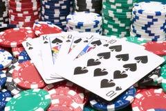 Microplaquetas do resplendor real e do casino Foto de Stock