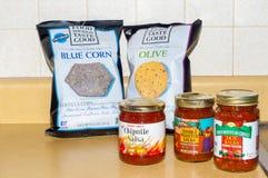 Microplaquetas e salsas Fotos de Stock