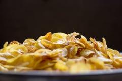 Microplaquetas frescas do banana-da-terra fotografia de stock