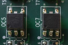 Microplaquetas na placa imagens de stock royalty free