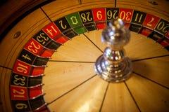 Microplaquetas & roleta do póquer Fotos de Stock Royalty Free