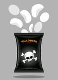 Microprocesadores con un gusto de huesos Bocados para Halloween asustadizo en negro Fotografía de archivo libre de regalías