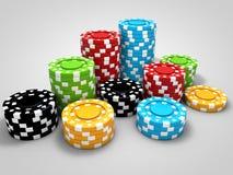 Microprocesadores del casino en la tabla blanca Imagen de archivo libre de regalías