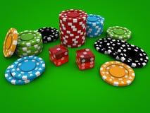 Microprocesadores del casino en la tabla verde Fotografía de archivo libre de regalías