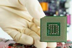 Microprocessador e mostra da tomada Imagens de Stock