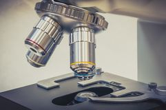Microscope in scientific and healthcare research laboratory Royalty Free Stock Photos