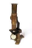 Microscopio de bronce de la vendimia Fotos de archivo libres de regalías
