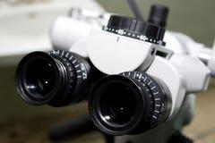 Microscopio I. foto de archivo