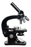 Microscopio viejo fotografía de archivo libre de regalías