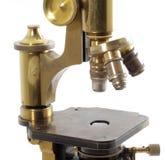 Microscopio viejo Imagen de archivo libre de regalías