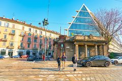 Microsoft Office budynek w Mediolan obrazy royalty free