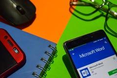 Microsoft słowa dev app na Smartphone ekranie obraz royalty free