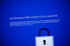 Microsoft Windows 10 pro janelas do uso da instalação olá! Foto de Stock Royalty Free