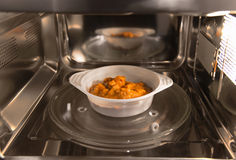 Microwavable еда Стоковая Фотография