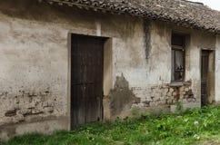Middag, het oude huis stock afbeeldingen