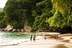 Middag op strand, Pulau Pangkor, Maleisië - Juli 2015 Royalty-vrije Stock Foto