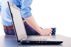 Middagpauze na het werken met een computer Stock Afbeelding