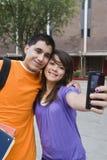 Middelbare schoolstudenten die Zelfportret nemen Royalty-vrije Stock Foto
