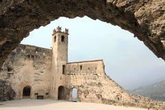 Middeleeuws Castel Beseno van Italië stock foto's