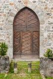 Middeleeuws dorp, houten deur Gotische stijl stock fotografie