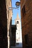 Middeleeuws dorp van Castignano in centraal Italië royalty-vrije stock foto