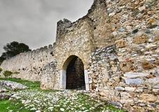 Middeleeuws erakasteel in Zuid-Europa Stock Afbeelding