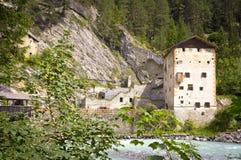 Middeleeuws kasteel Altfinstermunz, Oostenrijk Stock Afbeelding
